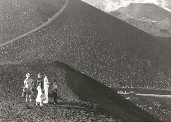 Etna, cratere Silvestre. - ETNA - inserita il 22-Feb-12