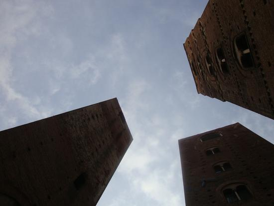 le torri del centro storico - Albenga (1943 clic)