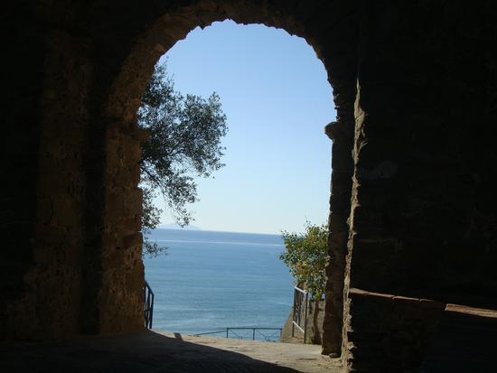 la porta sul mare - Castiglione della pescaia (2138 clic)