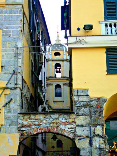 Prospettiva di misura - Genova (1631 clic)