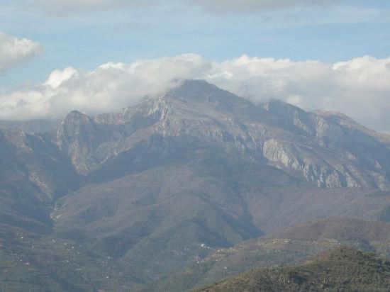 Il Monte Toraggio - Dolceacqua (3034 clic)