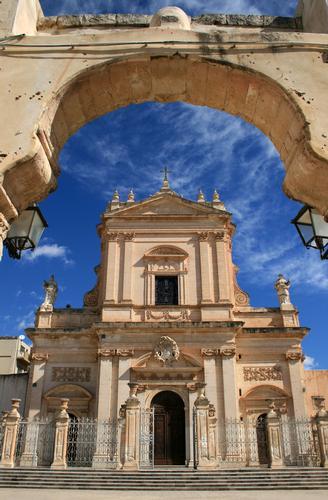 Basilica di S. Maria Maggiore - Ispica (2127 clic)