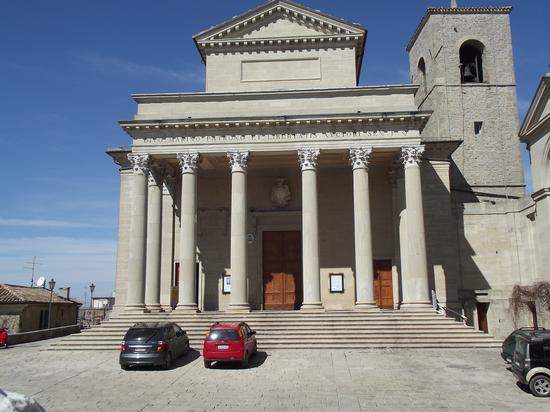 Il Duomo - San marino (1308 clic)