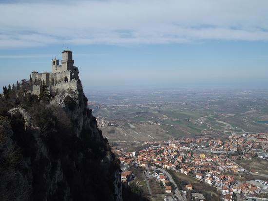 Torre sovrana di San Marino (1105 clic)