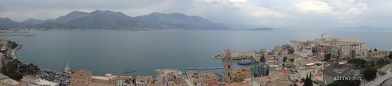 Panorama dalla Torre del Castello Aragonese - Gaeta (2231 clic)