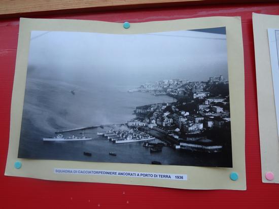 Il porto Militare di Gaeta (Porto Sant'Antonio) - 1930 circa (3221 clic)