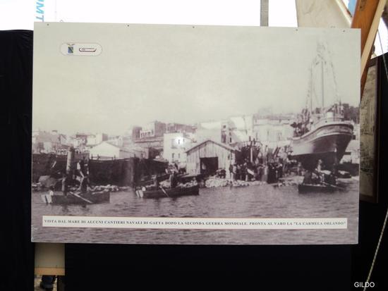 Cantieri navali di Gaeta-Ci si prepara al varo (1887 clic)