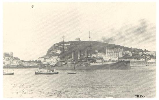 La corazzata Regina Elena alla fonda nel porto di Gaeta (2489 clic)