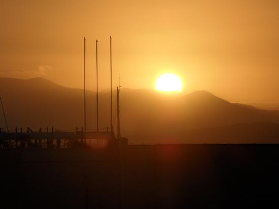 Alba  ( 5,30 a.m. circa) - Gaeta (2223 clic)