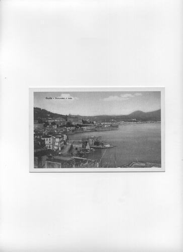Il centro storico circondato dai bastioni - Circa 1920 - Gaeta (1771 clic)