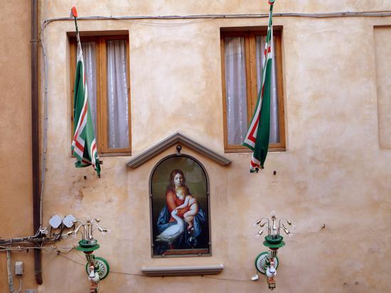 Madonna dell'oca - Siena (2499 clic)