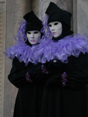 venezia, due maschere (1363 clic)
