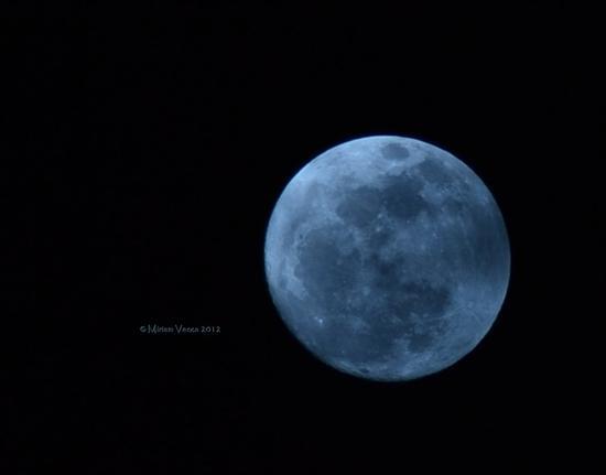 The Moon  (815 clic)