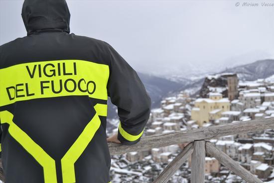 Emergenza neve 2012. - San chirico raparo (2227 clic)