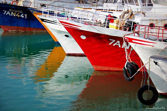 colori nell'acqua - Civitanova marche (2280 clic)