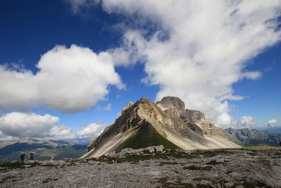 vette tra le nuvole - Madonna di campiglio (4350 clic)