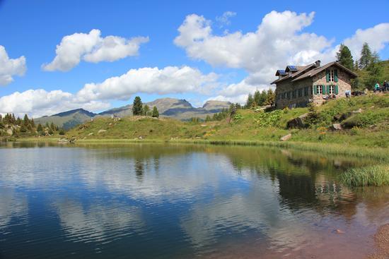 lago di Colbricon - San martino di castrozza (4275 clic)
