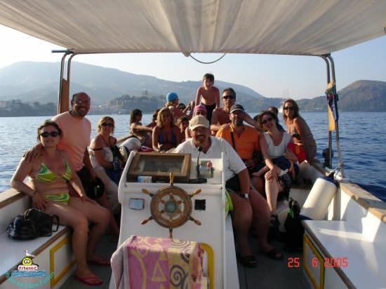 Gita in barca.... - Lipari (5207 clic)