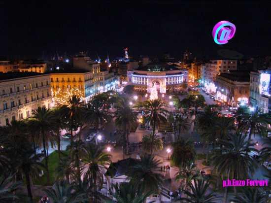 PIAZZA POLITEAMA - Palermo (6956 clic)