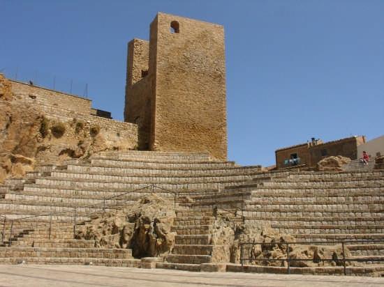 Anfiteatro e Castello di Pollina (9687 clic)