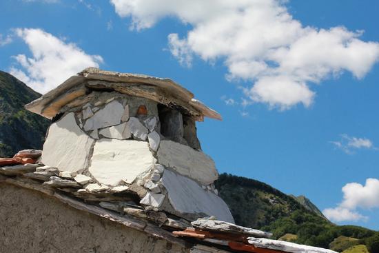 Comignolo a Campocatino - Lago di vagli (1382 clic)