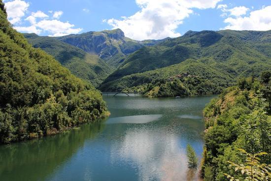 Lago di Vagli - Vagli sotto (1253 clic)