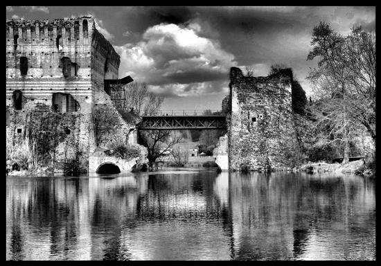 ritrovo - Borghetto (1340 clic)