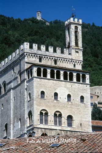 Palazzo dei Consoli - Gubbio (1096 clic)