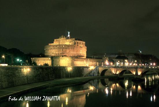 Castel Sant'Angelo di notte - Roma (2958 clic)