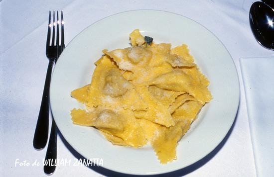 Tortelloni ripieni di zucca - Sermide (1395 clic)