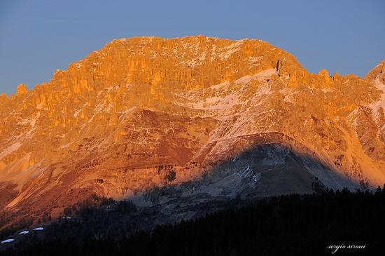 Tramonto sul Latemar  - Varena (2623 clic)