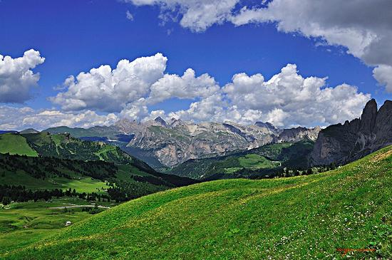 Panorama sulla val Badia - Corvara in badia (2955 clic)