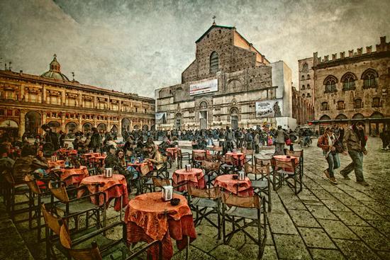 Aperitivo in piazza - Bologna (1735 clic)