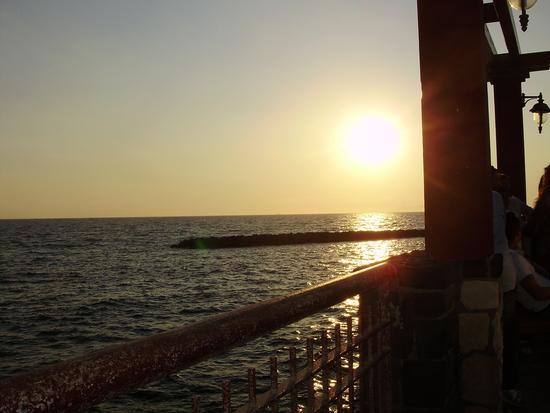 Torre del greco veduta mare al tramonto. (2003 clic)