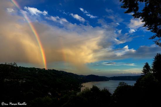 Al tramonto...colori - Orta san giulio (1042 clic)
