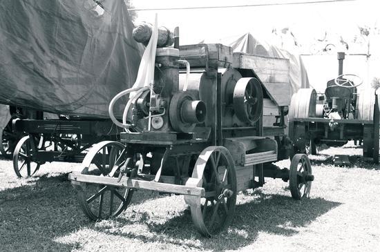 macchine agricole - Battifolle (1974 clic)