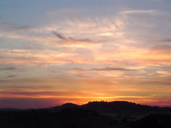 tramonto su osimo - Castelfidardo (1854 clic)
