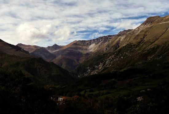 monti sibillini da monte monaco - Montemonaco (967 clic)