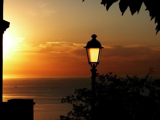brillare di luce riflessa - Sirolo (4091 clic)