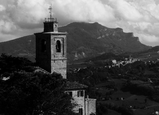 PAESAGGIO MARCHIGIANO - Monti sibillini (1061 clic)