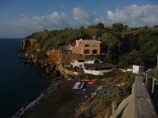 Spiaggia di Calanave - Ventotene (1466 clic)