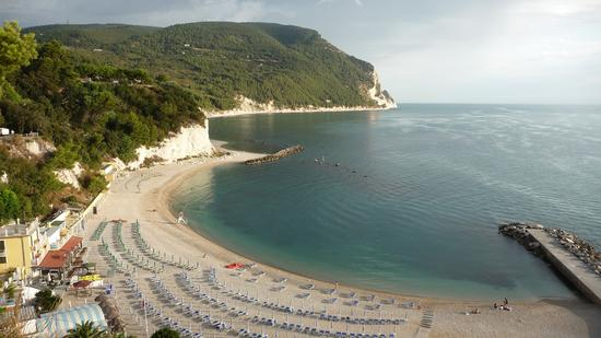 Spiaggia della Conchiglia - Sirolo (1620 clic)