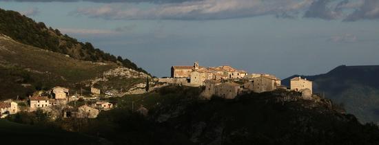 il castello di Elcito - San severino marche (1001 clic)