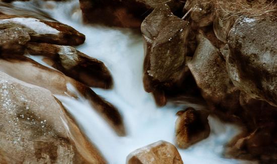 cascata - ISOLA DEL GRAN SASSO D'ITALIA - inserita il 06-Jun-12