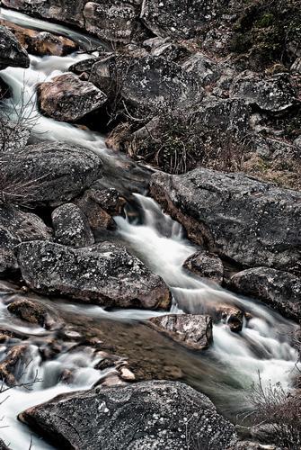 cascata 2 - Isola del gran sasso d'italia (1801 clic)