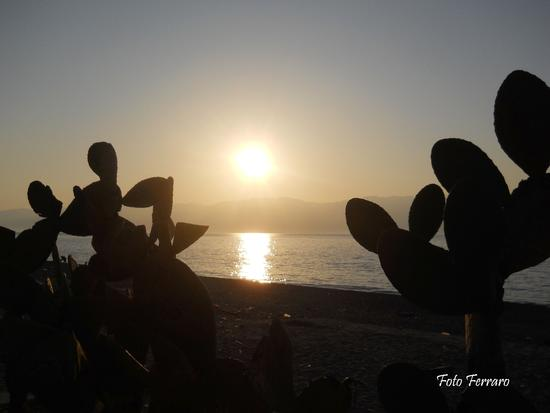 Tramonto sullo stretto - Reggio calabria (2413 clic)