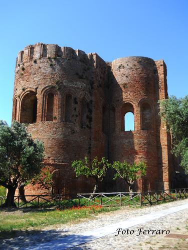 Basilica Bizantina - Borgia (2979 clic)