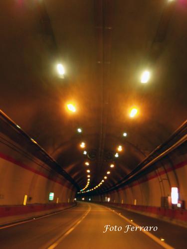 tunnel  - Palmi (1904 clic)