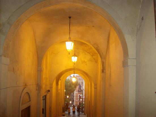 Portico S.Antonio - Cagliari (1345 clic)