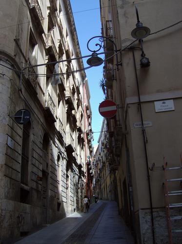 Il Castello - Via Lamarmora - Cagliari (984 clic)
